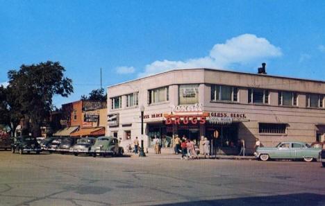 Street scene, Bemidji Minnesota, 1955